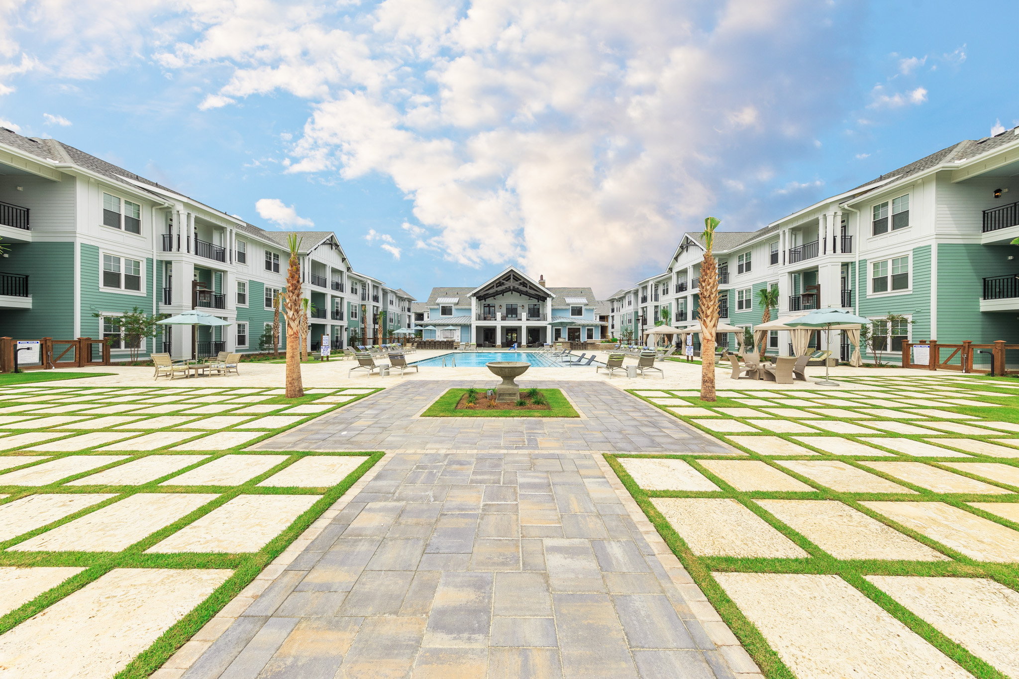 Wharf 7 apartments outside of Charleston, SC
