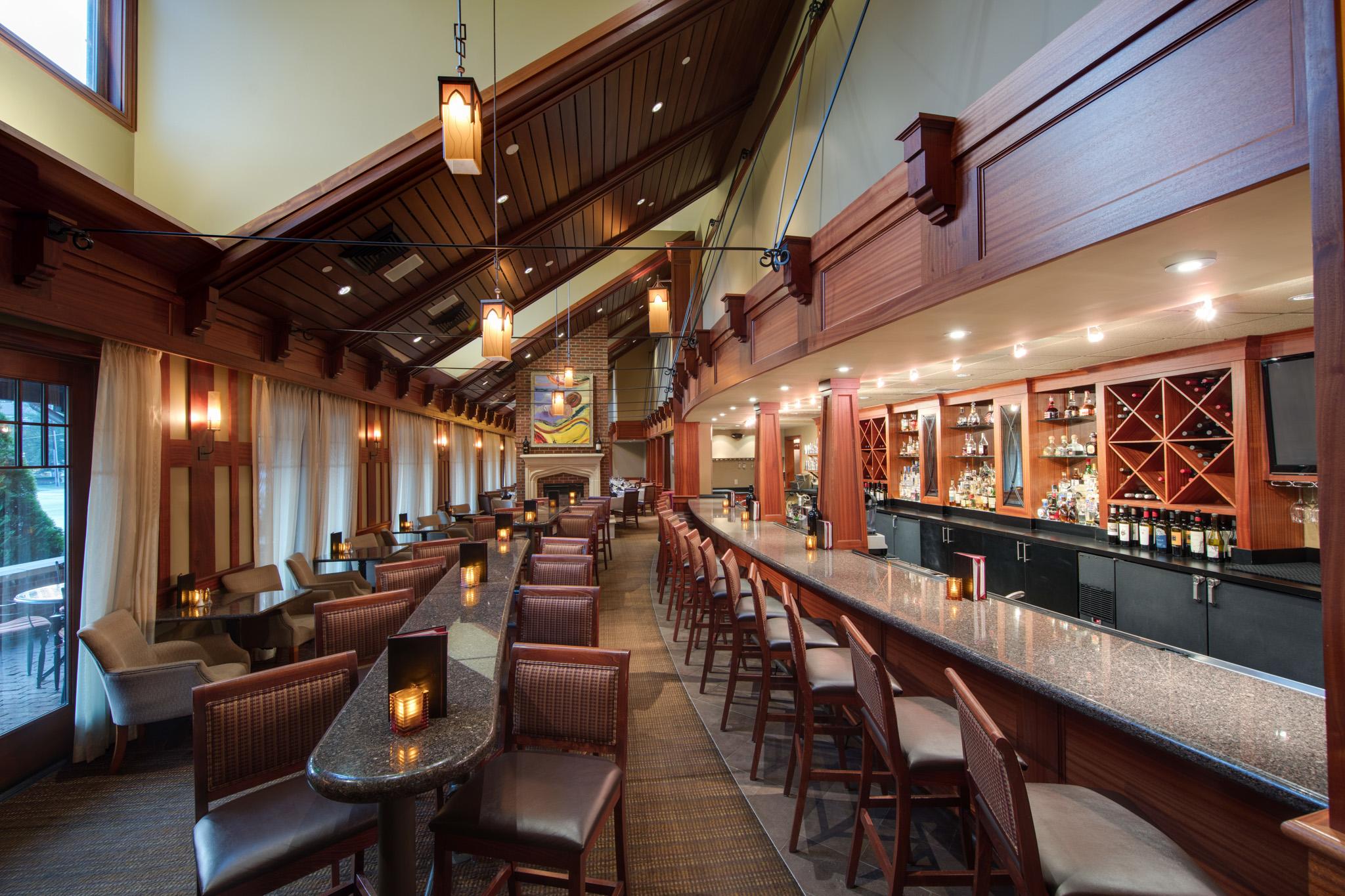 Ruth's Chris Steak House - Bar